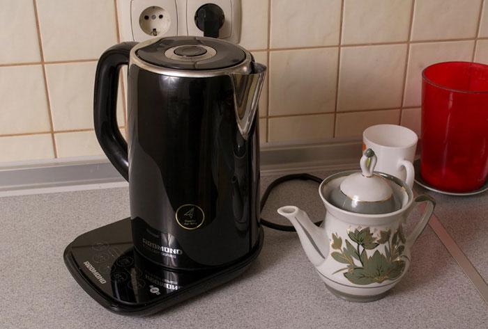 Какой чайник лучше купить электрический