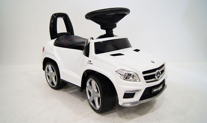 RIVERTOYS Mercedes Benz A888AA.jpg1