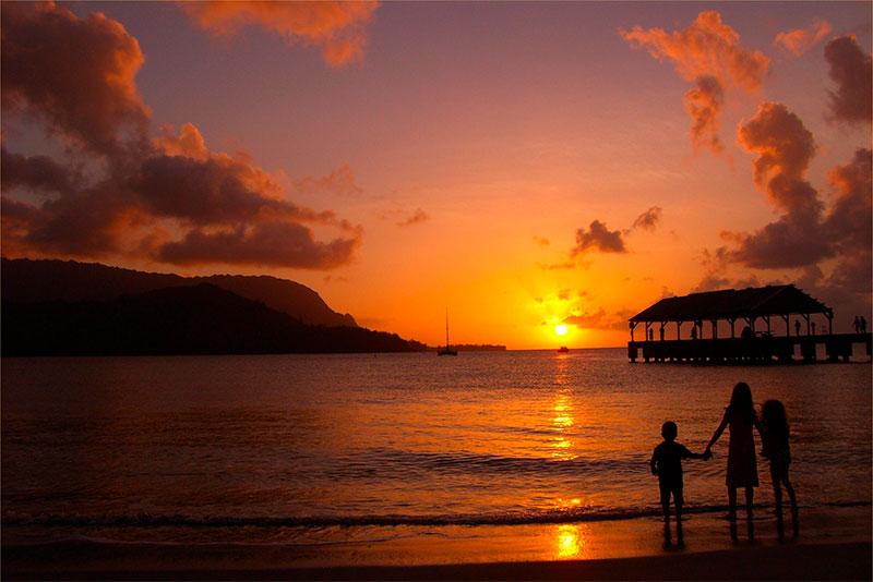 Gavai. Hanalei Bay Beach