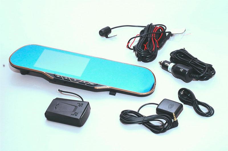 Навигатор с видеорегистратором и радар