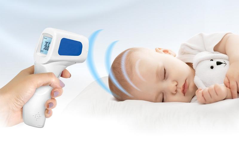 Бесконтактное измерение температуры тела человека