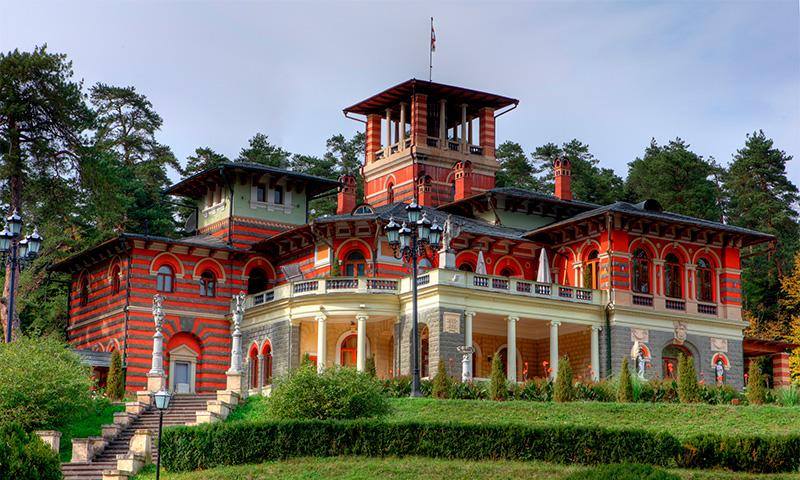 dvorec v likani